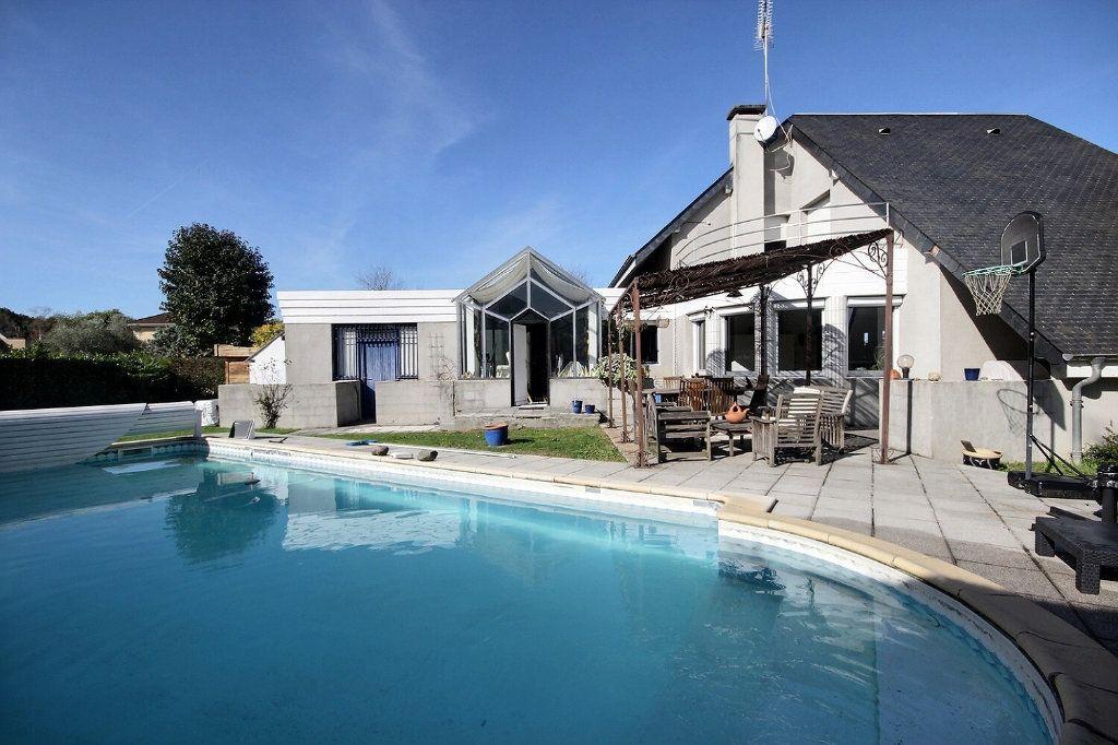 Maison à vendre 5 160m2 à Idron vignette-1