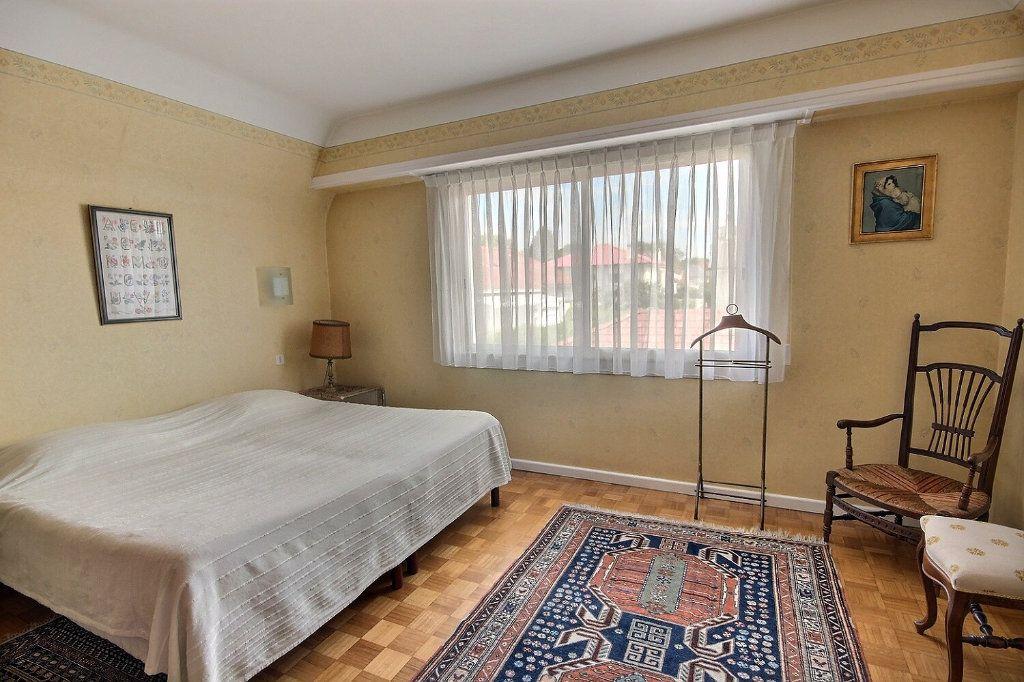 Maison à vendre 6 169m2 à Pau vignette-5