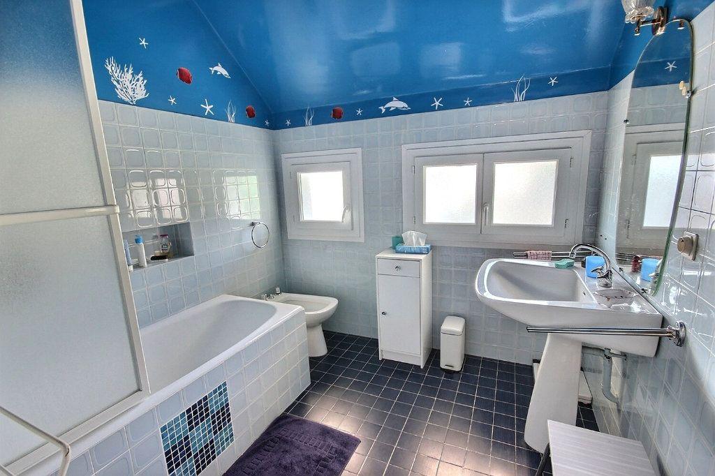 Maison à vendre 6 169m2 à Pau vignette-6
