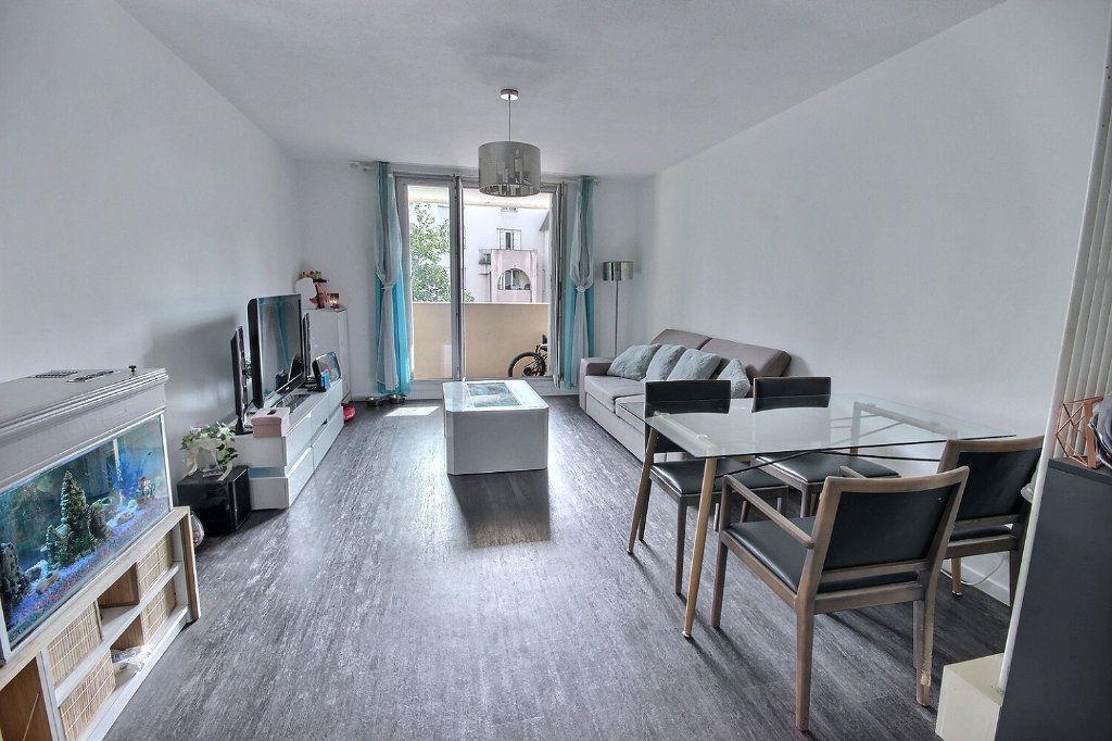 Appartement à vendre 4 93m2 à Pau vignette-1
