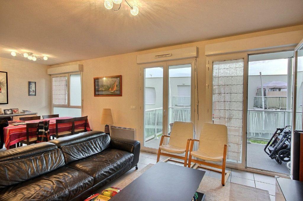 Appartement à vendre 3 75.5m2 à Pau vignette-2