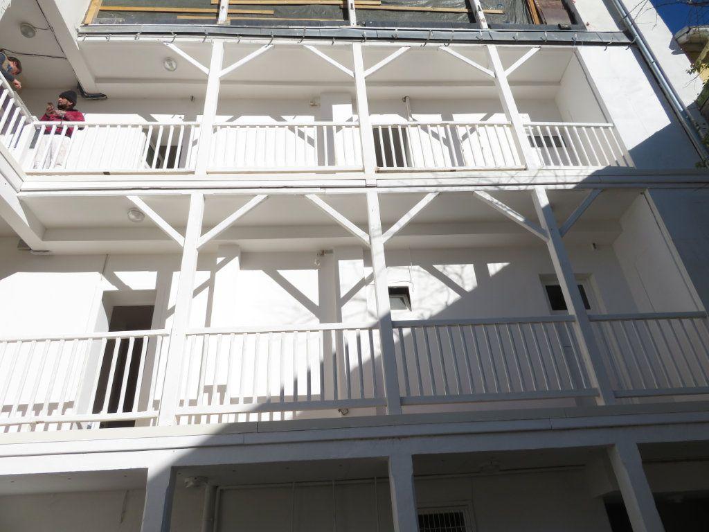 Appartement à louer 2 30m2 à Pau vignette-1
