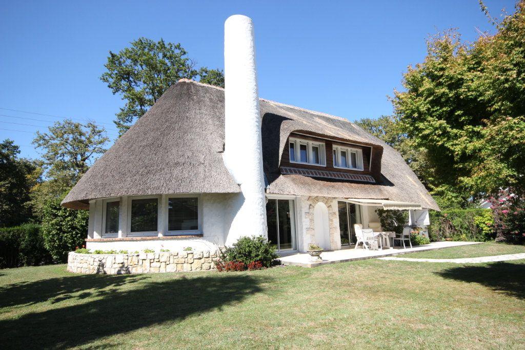 Maison à vendre 6 123m2 à Pau vignette-2