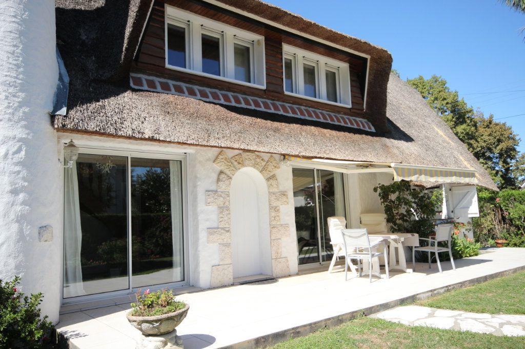 Maison à vendre 6 123m2 à Pau vignette-4