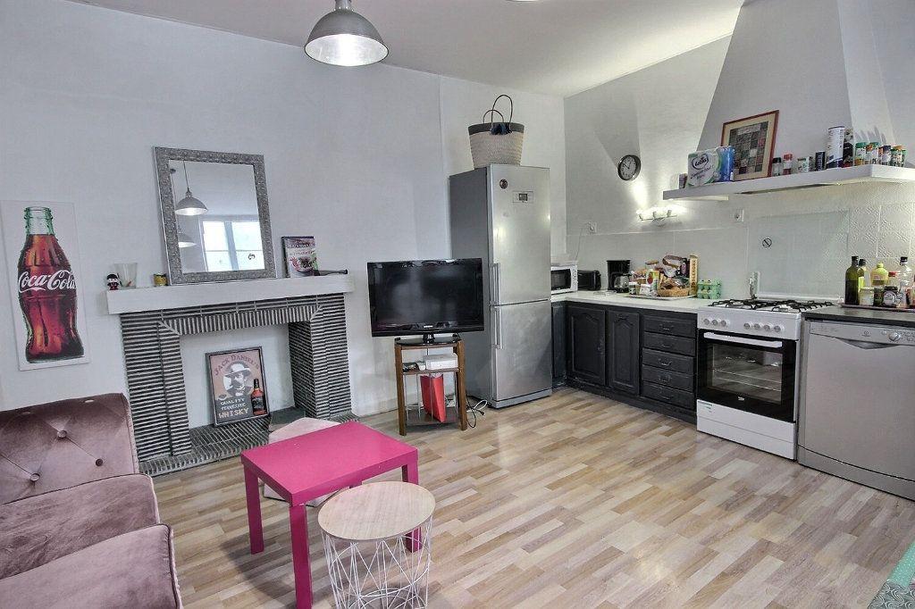 Appartement à vendre 3 121m2 à Pau vignette-1
