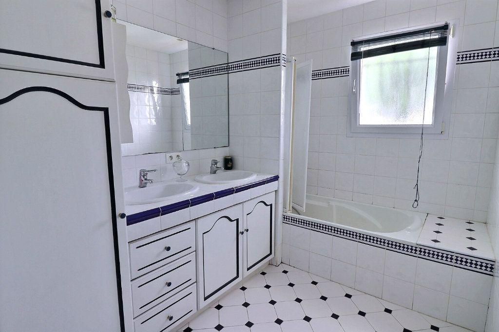 Maison à vendre 7 145m2 à Baudreix vignette-7