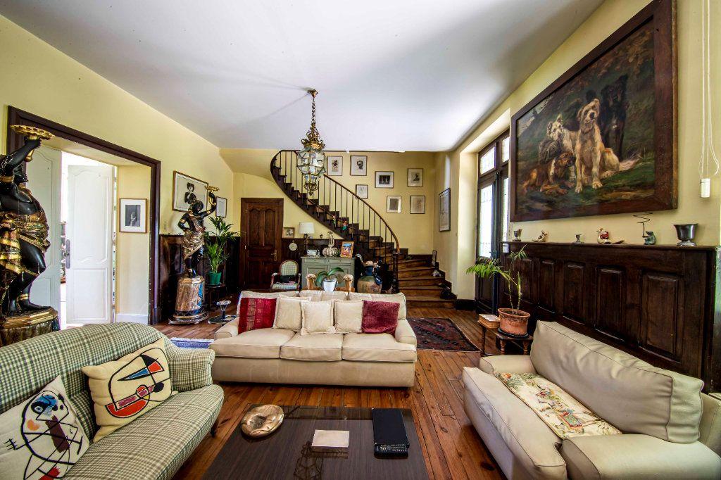 Maison à vendre 9 290m2 à Pau vignette-1