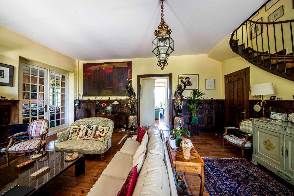 Maison à vendre 9 290m2 à Pau vignette-3