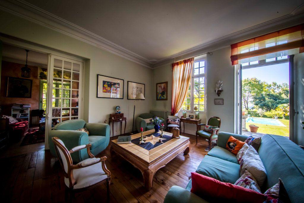 Maison à vendre 9 290m2 à Pau vignette-4