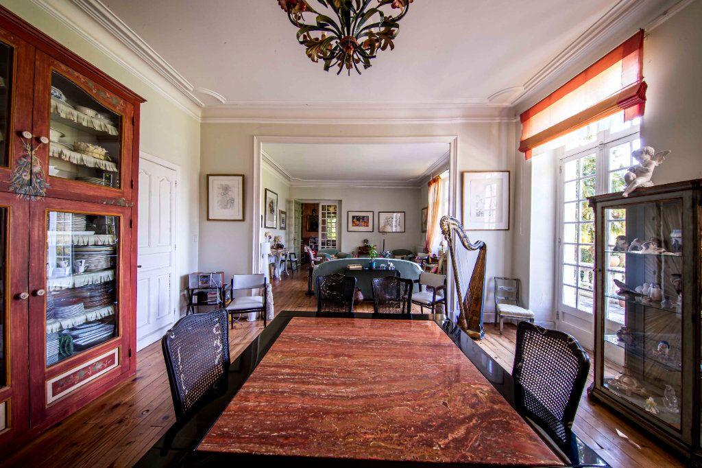 Maison à vendre 9 290m2 à Pau vignette-5