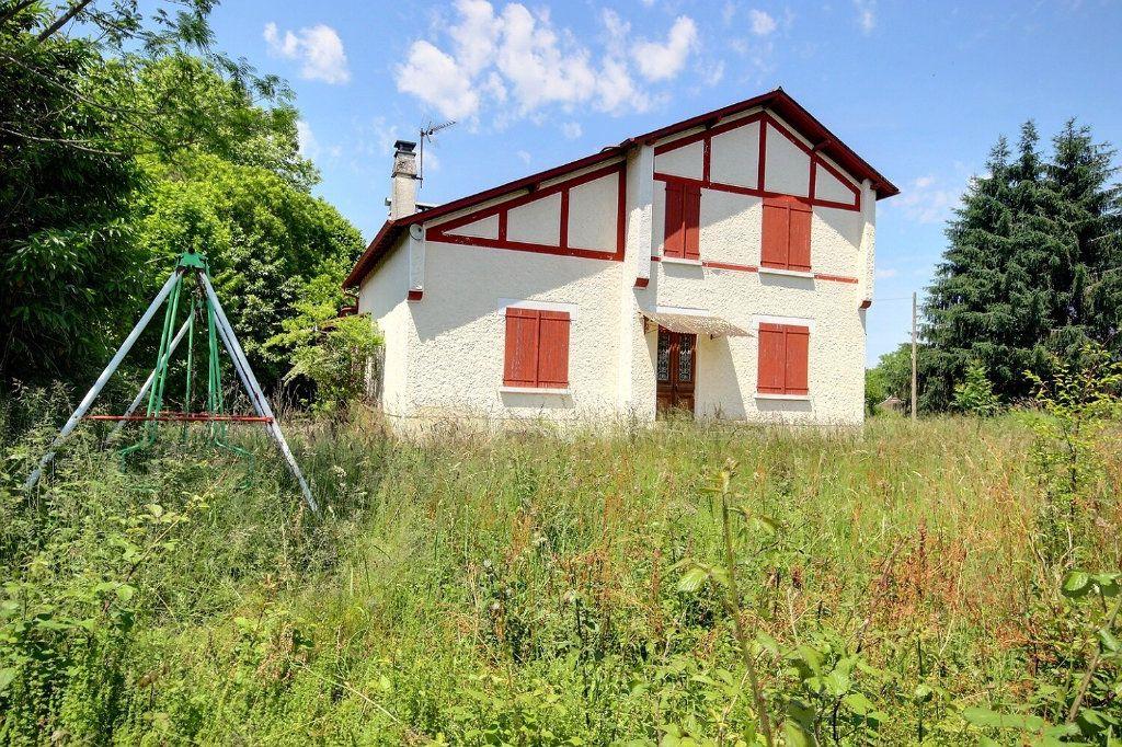 Maison à vendre 7 200m2 à Mirepeix vignette-1