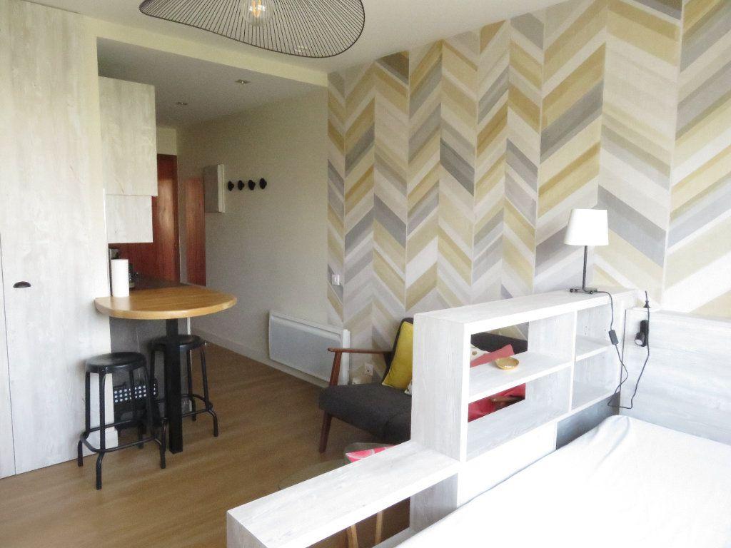 Appartement à louer 1 21m2 à Pau vignette-2