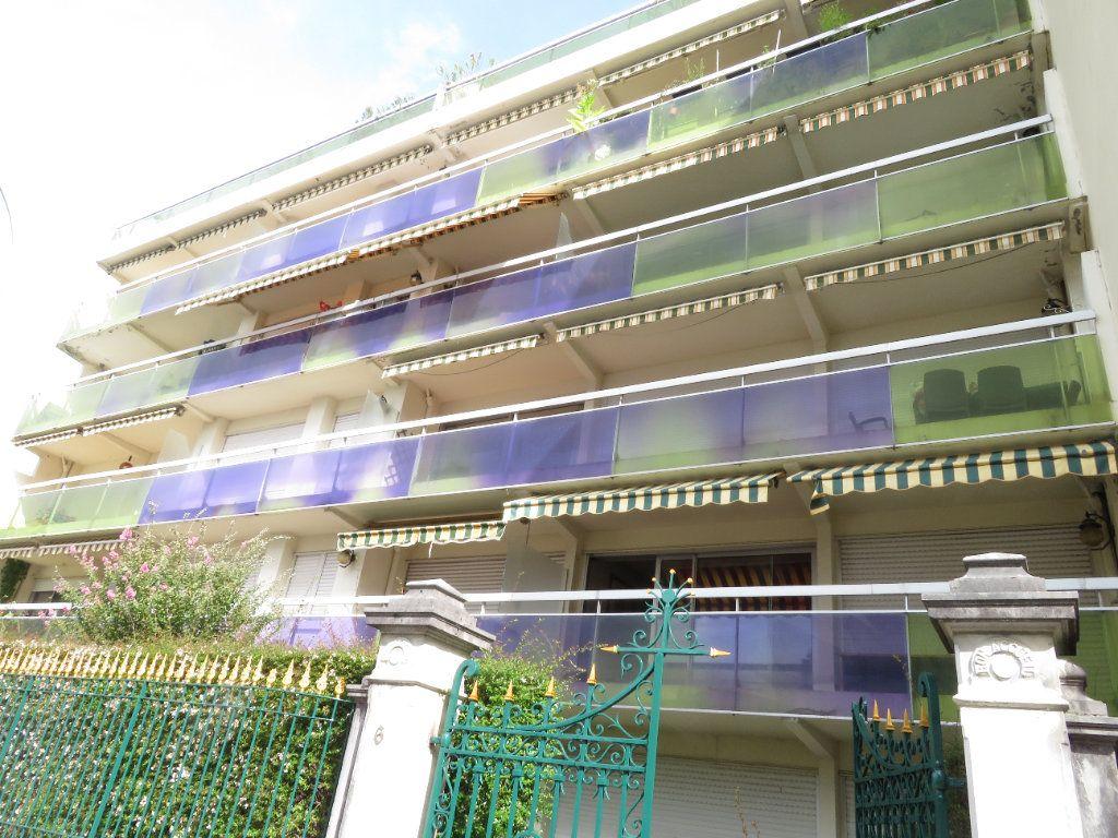 Appartement à louer 1 21m2 à Pau vignette-5
