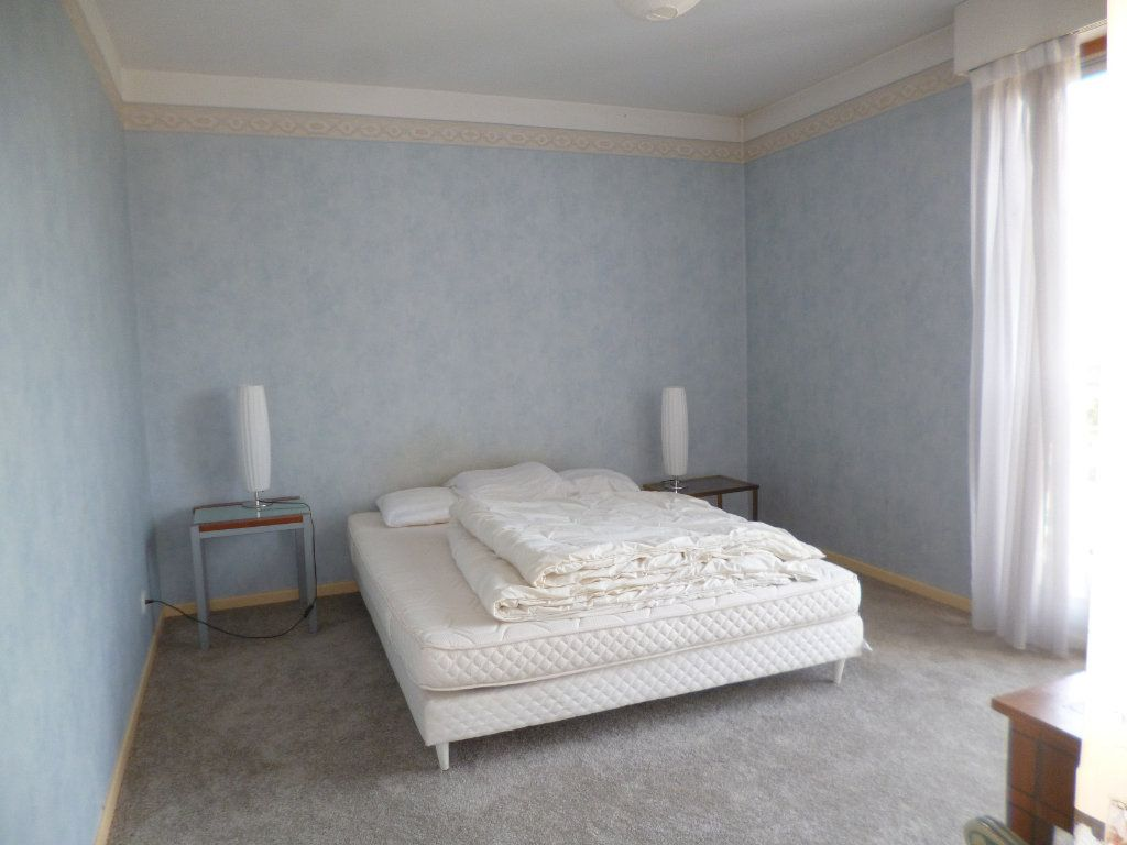 Appartement à louer 3 92m2 à Pau vignette-5