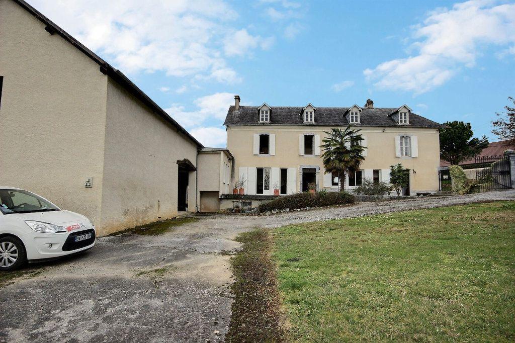 Maison à vendre 8 180m2 à Eslourenties-Daban vignette-1