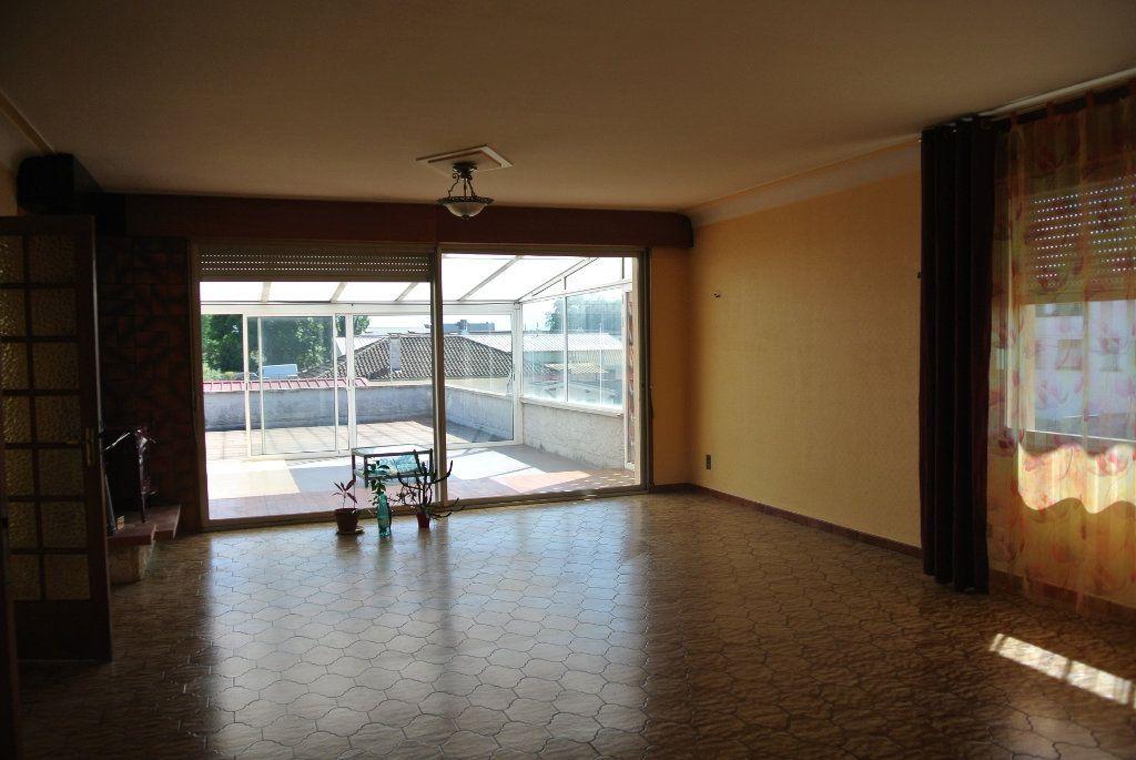 Maison à vendre 9 567.01m2 à Aureilhan vignette-3