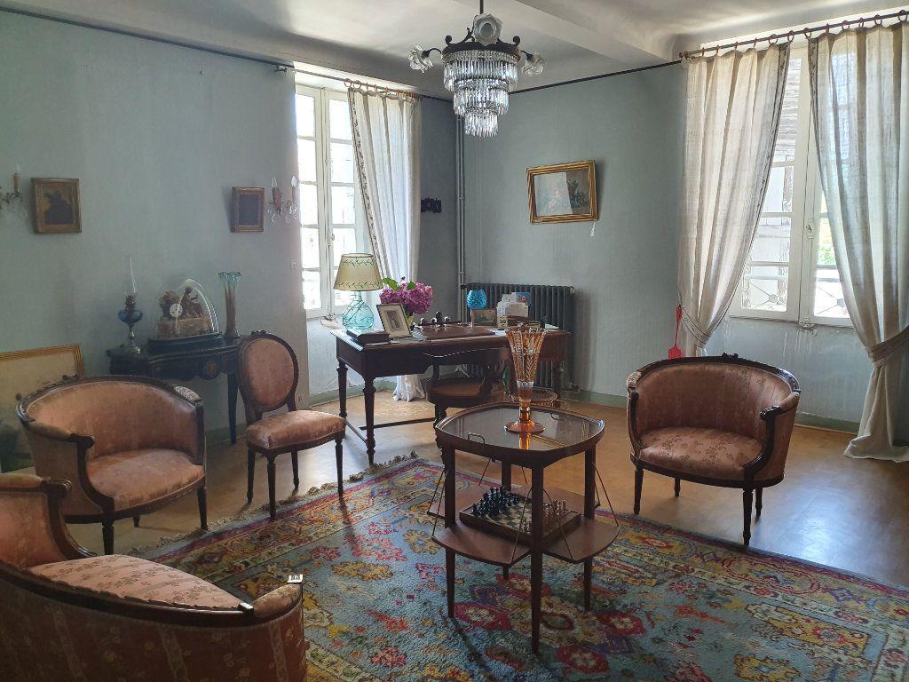 Maison à vendre 11 260m2 à Huningue vignette-5