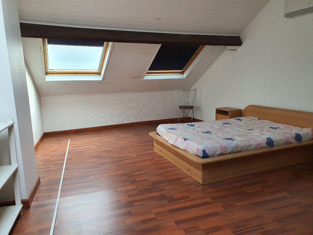 Maison à vendre 4 130m2 à Louey vignette-7