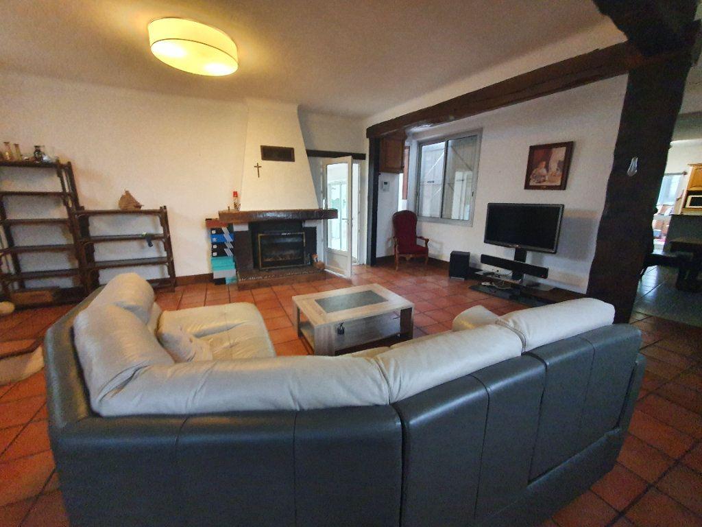 Maison à vendre 4 130m2 à Louey vignette-8
