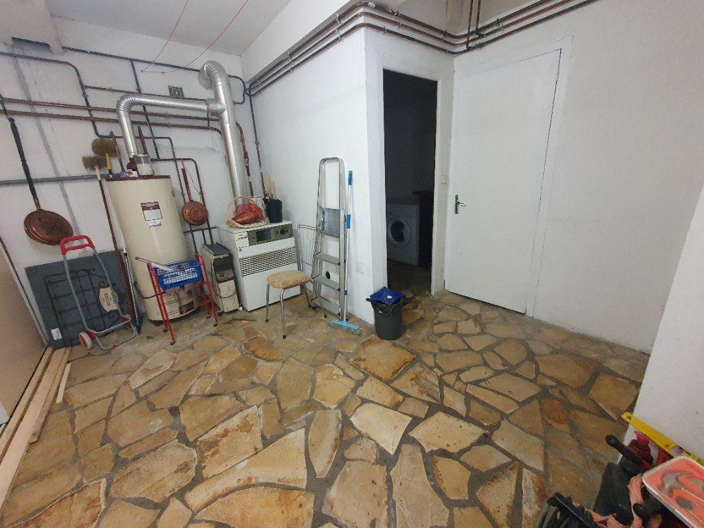 Maison à vendre 4 130m2 à Louey vignette-9