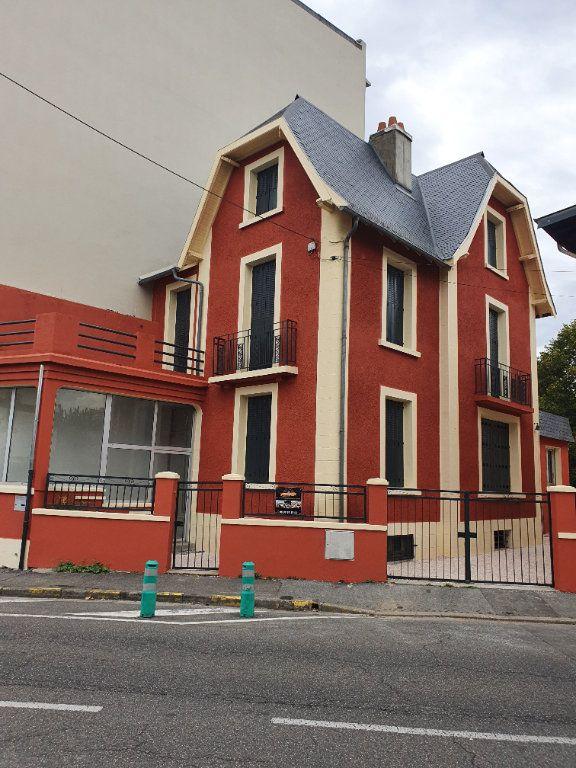 Maison à vendre 6 160m2 à Tarbes vignette-1