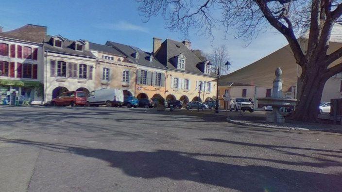 Maison à vendre 8 242m2 à Saint-Pé-de-Bigorre vignette-4