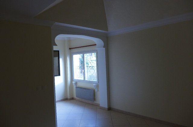 Appartement à louer 1 38m2 à Nay vignette-4