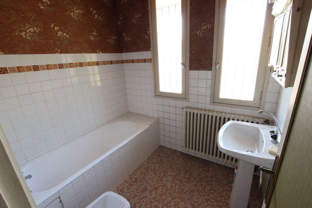 Maison à vendre 5 115m2 à Lourdes vignette-7
