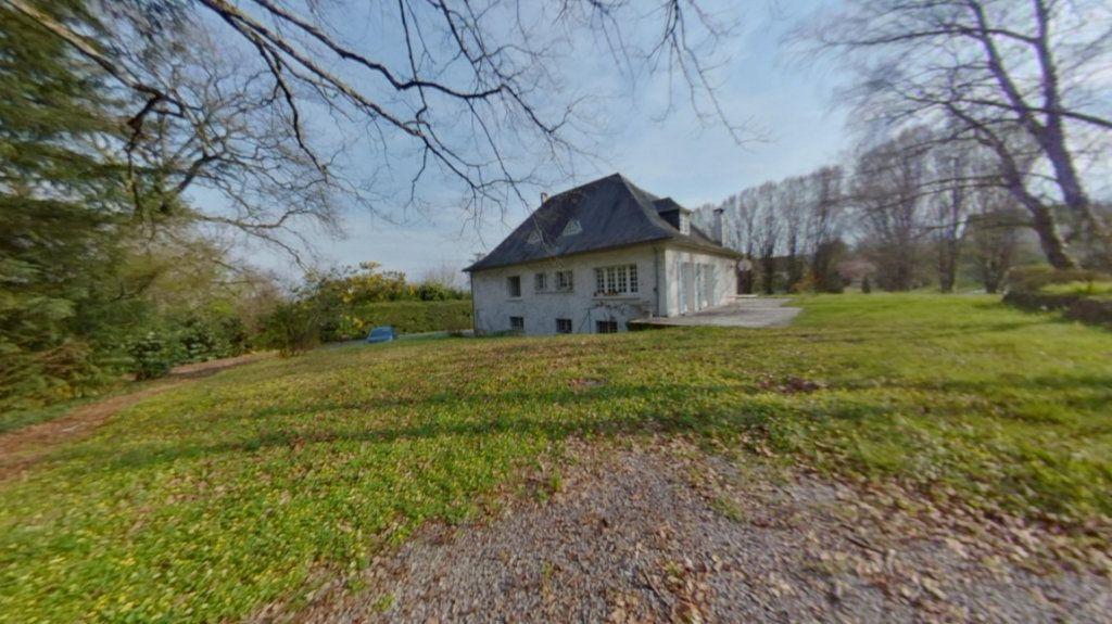 Maison à vendre 8 191.04m2 à Nay vignette-1