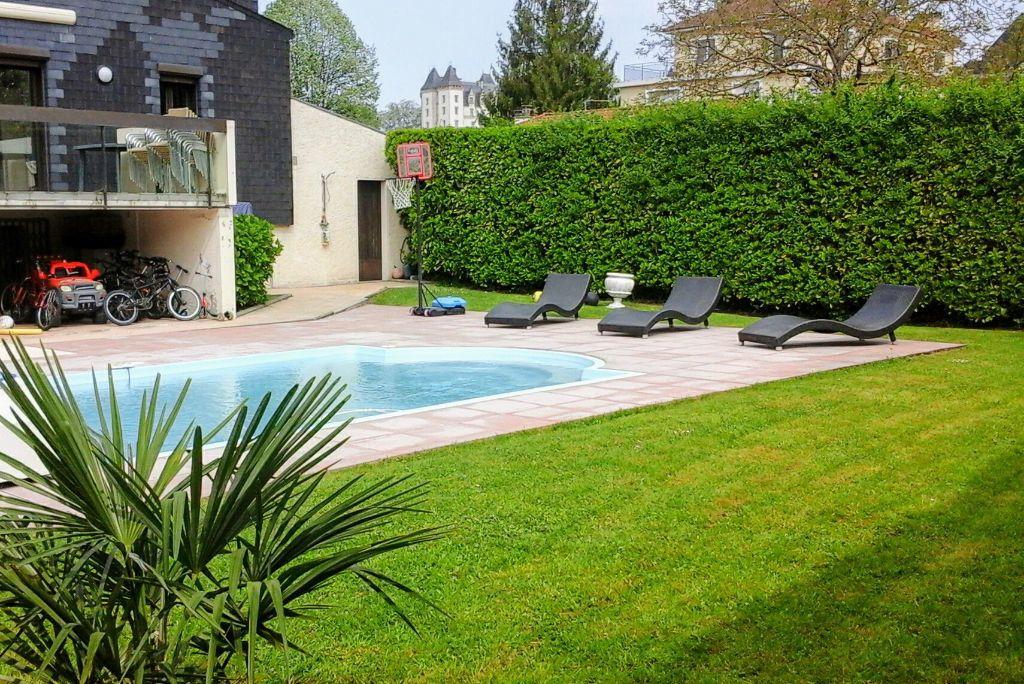 Maison à vendre 6 210m2 à Pau vignette-1