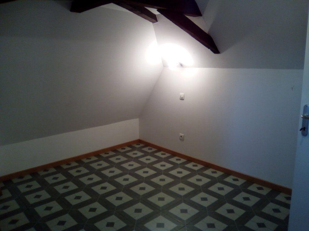 Appartement à louer 3 54.98m2 à Boeil-Bezing vignette-4