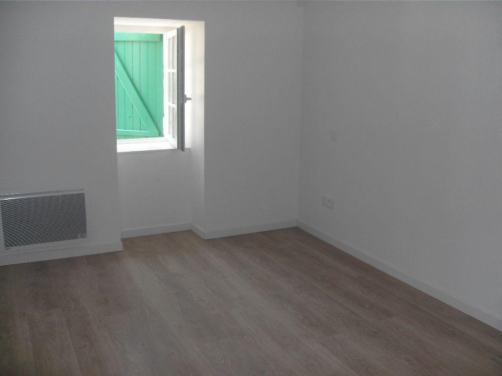 Appartement à louer 3 74m2 à Nay vignette-5