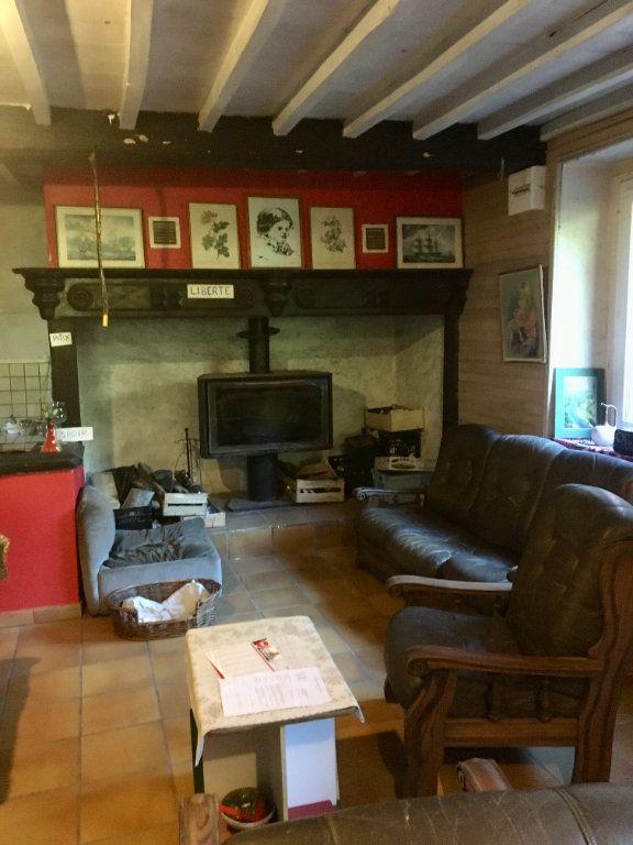Maison à vendre 7 200m2 à Ferrières vignette-3