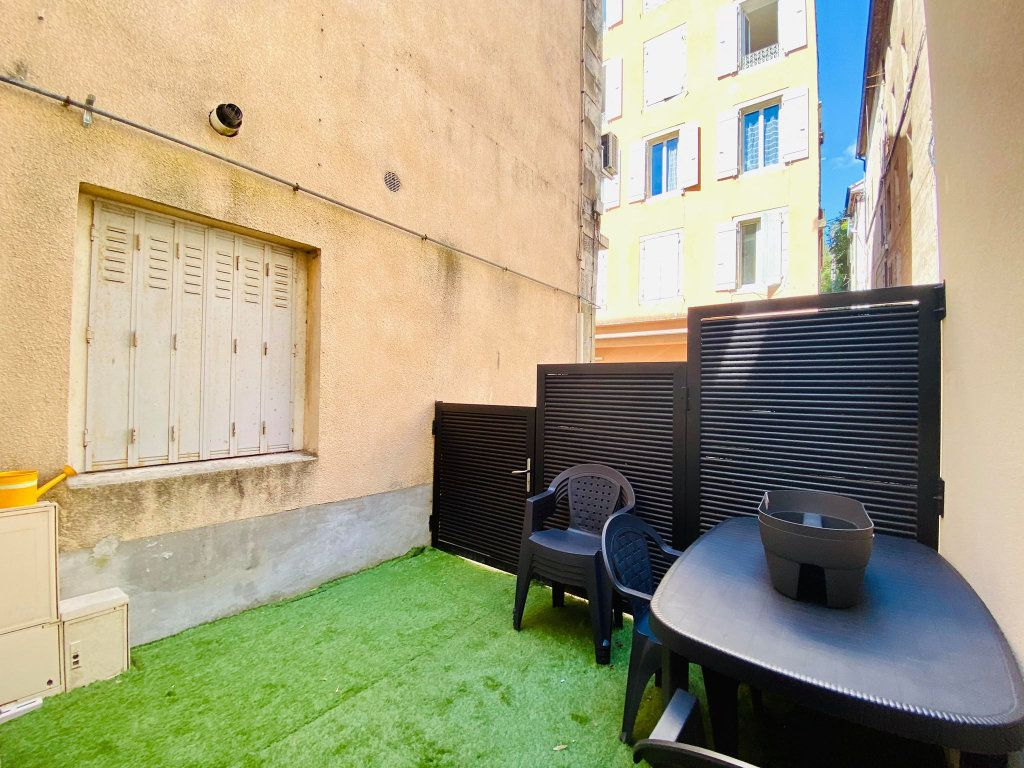 Appartement à vendre 3 103m2 à Vals-les-Bains vignette-11
