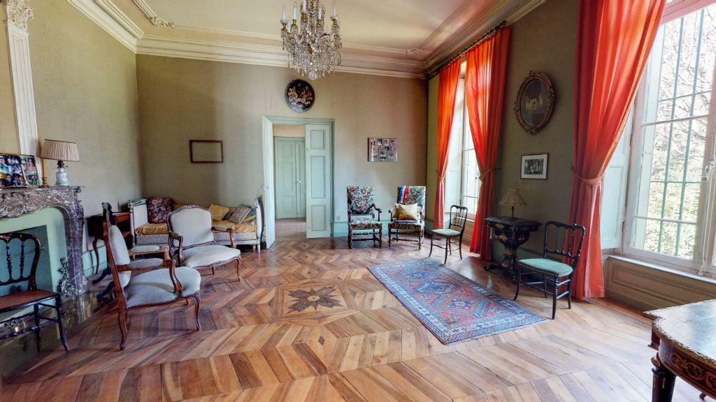 Maison à vendre 29 1109m2 à Aubenas vignette-3