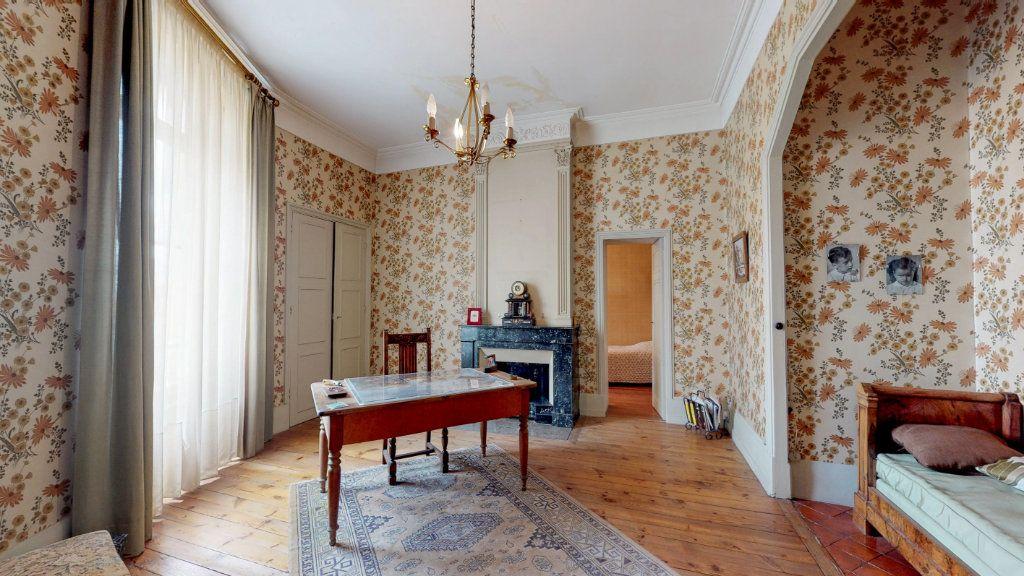 Maison à vendre 29 1109m2 à Aubenas vignette-8