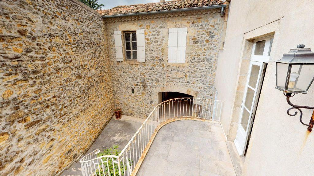 Maison à vendre 29 1109m2 à Aubenas vignette-12