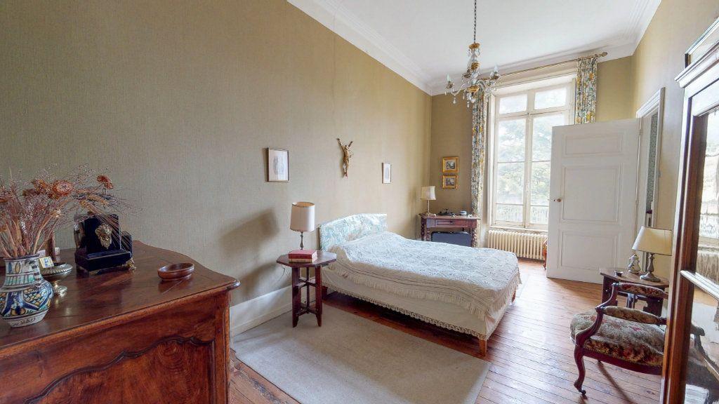 Maison à vendre 29 1109m2 à Aubenas vignette-13