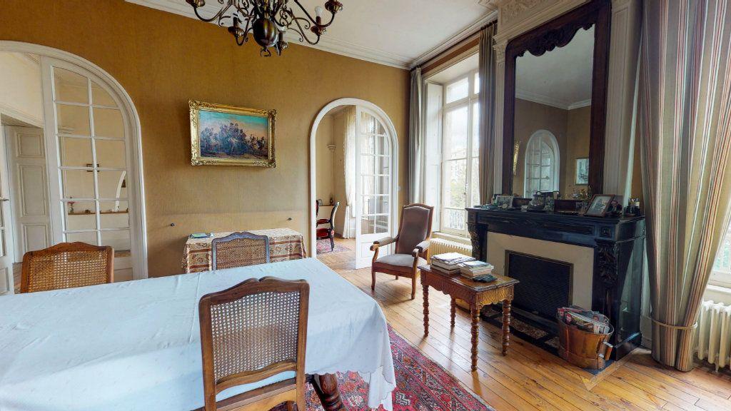 Maison à vendre 29 1109m2 à Aubenas vignette-14
