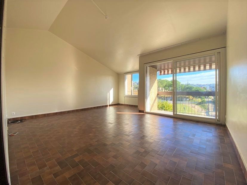 Maison à vendre 5 98m2 à Aubenas vignette-2