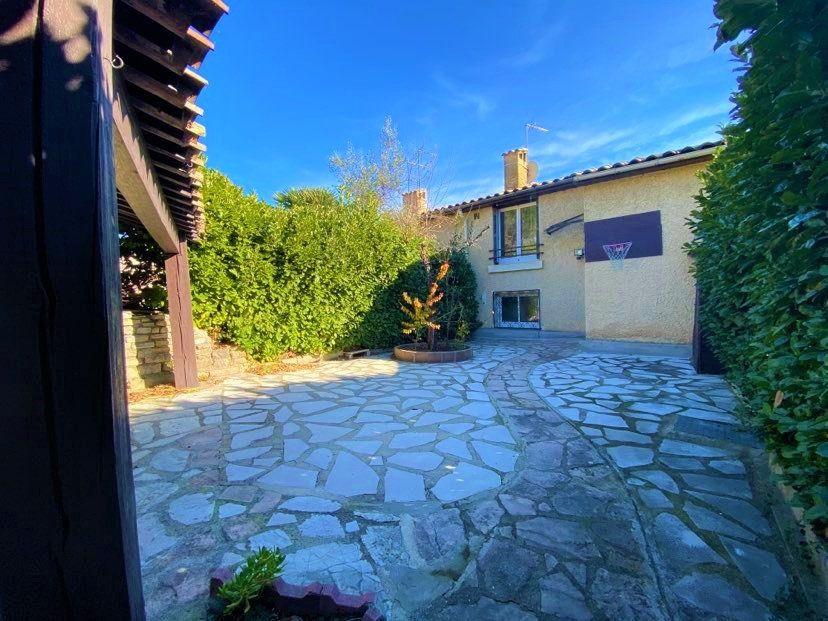 Maison à vendre 5 98m2 à Aubenas vignette-14