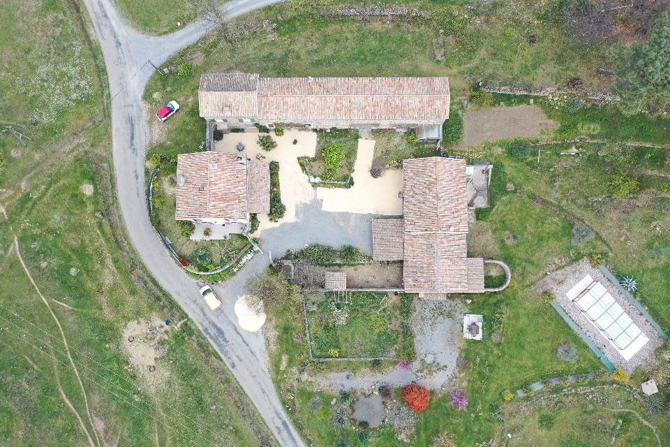 Maison à vendre 35 295m2 à Sanilhac vignette-2