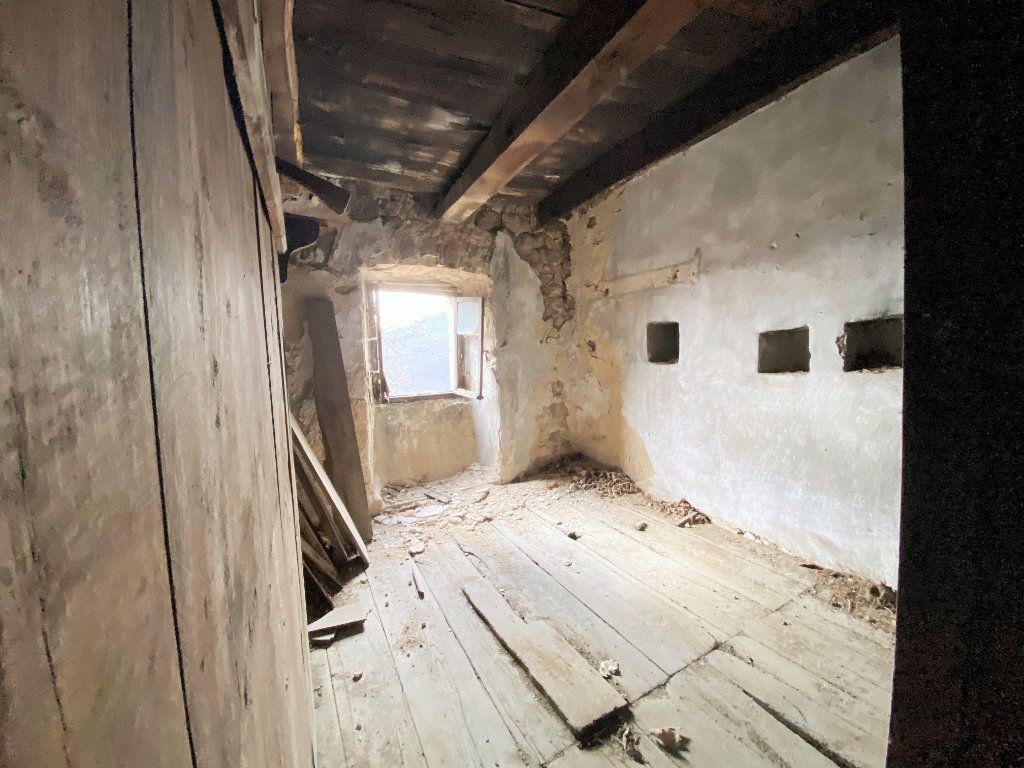 Maison à vendre 4 65m2 à Saint-Pierre-de-Colombier vignette-3
