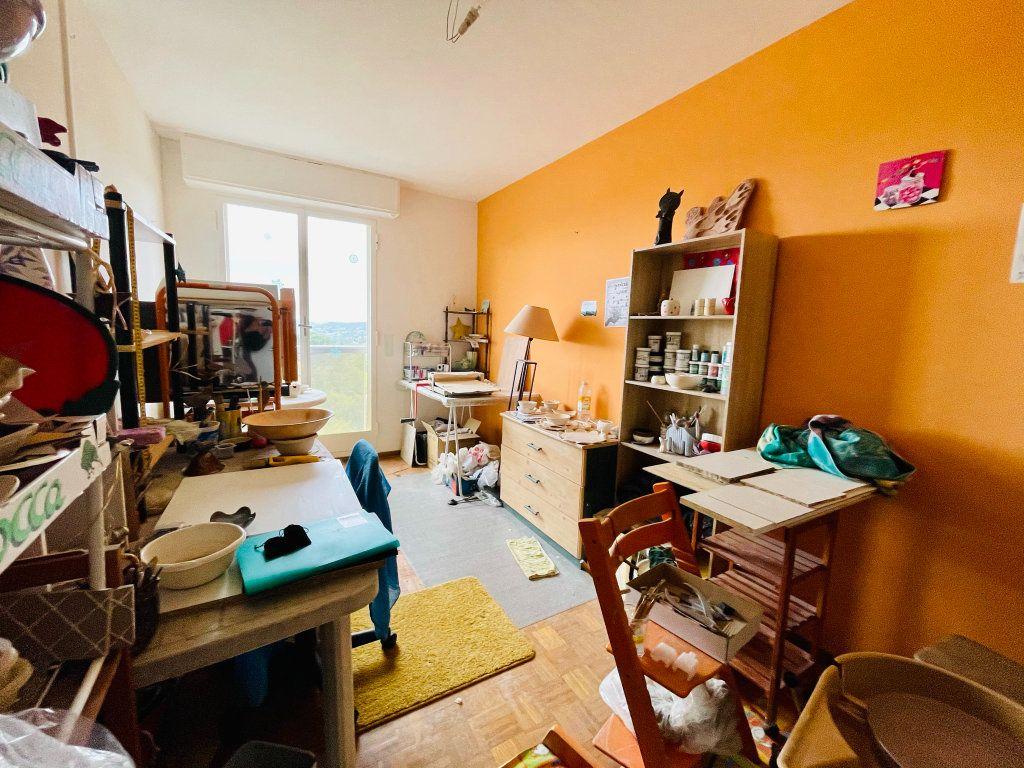 Appartement à vendre 4 91m2 à Aubenas vignette-8