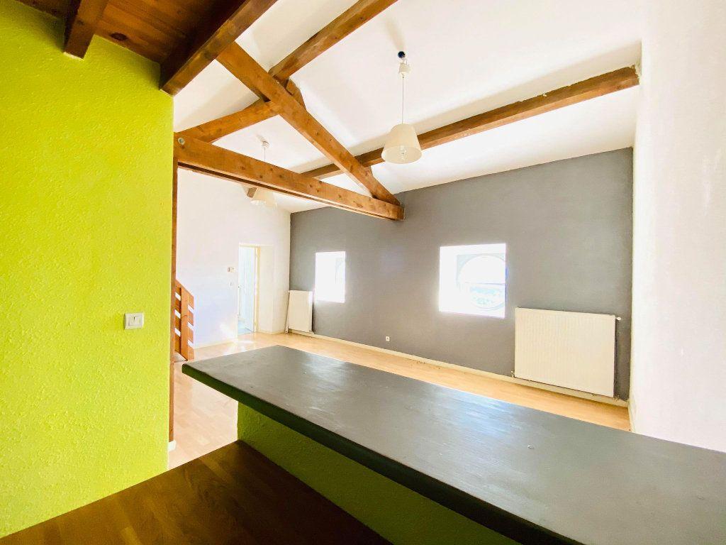 Appartement à vendre 3 70m2 à Aubenas vignette-4
