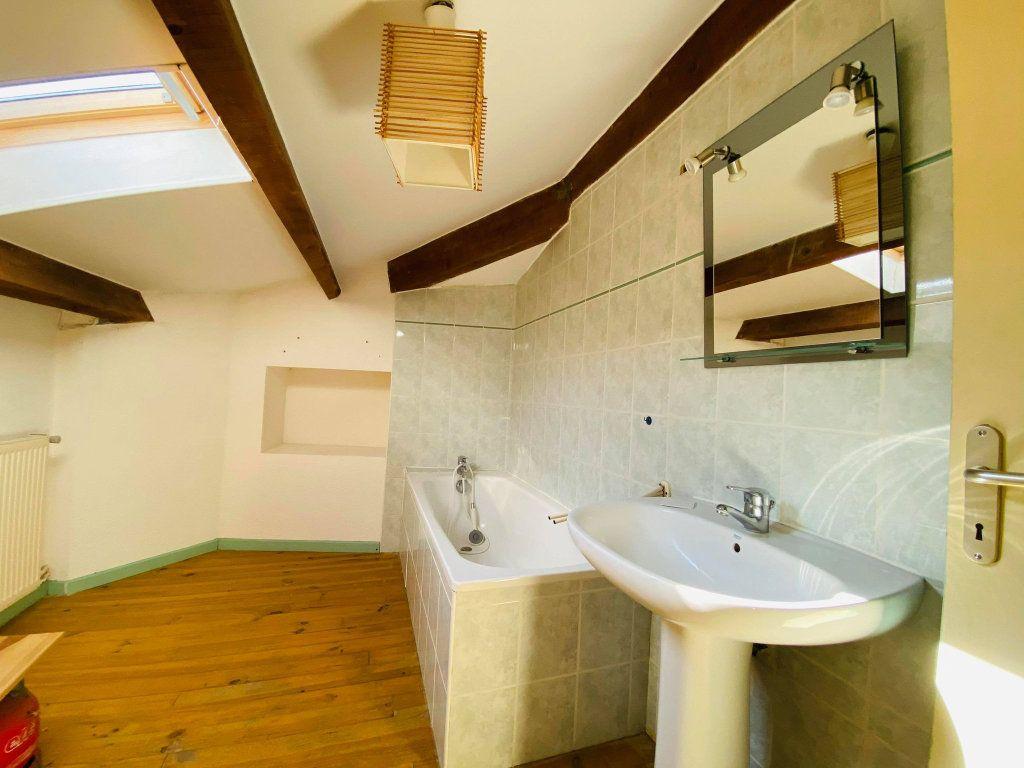 Appartement à vendre 3 70m2 à Aubenas vignette-9