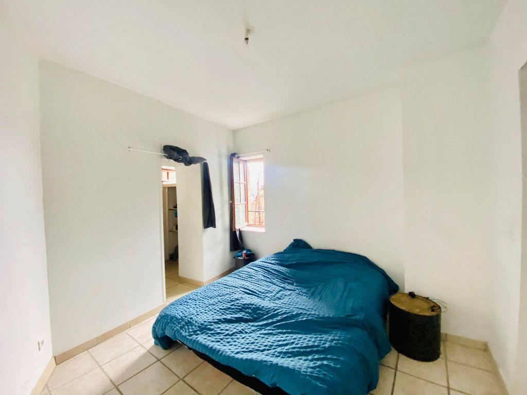 Appartement à vendre 2 44m2 à Aubenas vignette-4