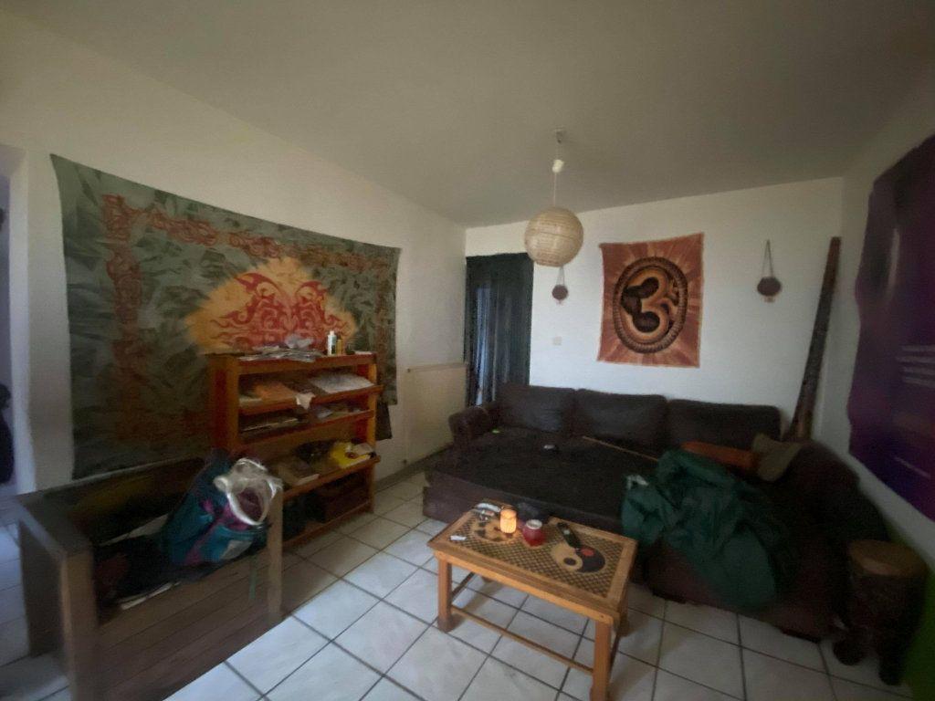 Appartement à vendre 3 65m2 à Aubenas vignette-2