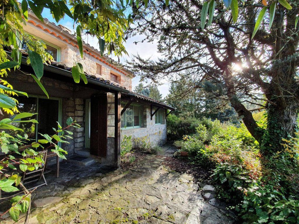 Maison à vendre 7 147m2 à Chambonas vignette-1