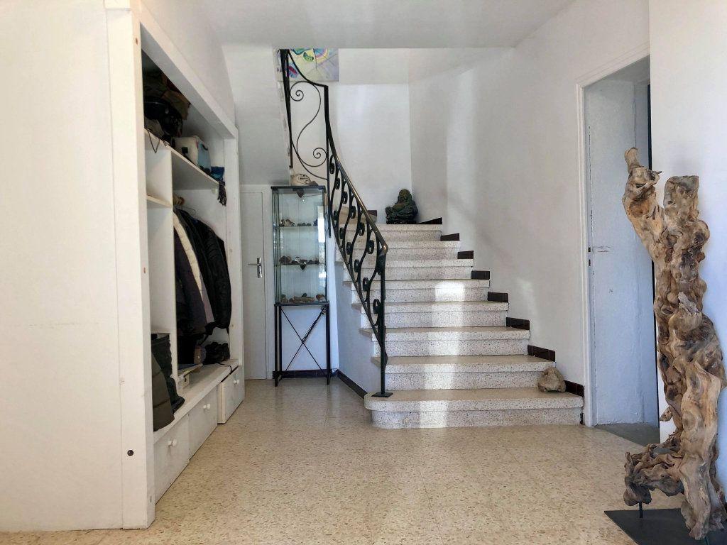 Maison à vendre 9 164.5m2 à Grospierres vignette-4